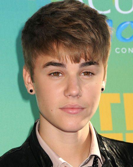 Justin Bieber is a big fan of Cheryl Cole