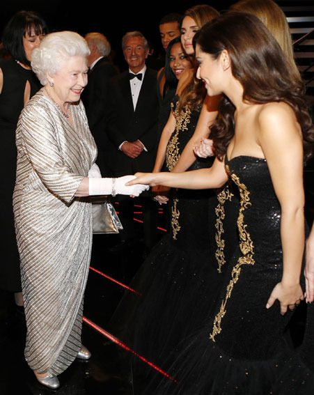 Cheryl Cole shook hands with the Queen at last night's Royal Variety Performance