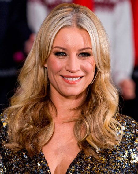 Denise Van Outen has admitted she would like to see Kimberley Walsh win Strictly Come Dancing 2012