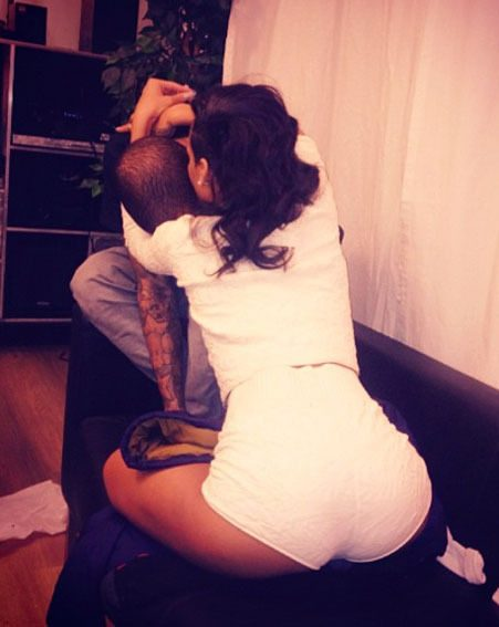 Rihanna kissed Chris Brown after watching his gig in Frankfurt