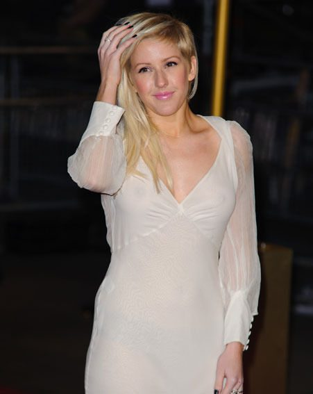 Ellie Goulding seemed unaware of her nipple flash at the Les Miserables premiere