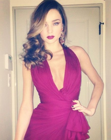 Miranda Kerr posted this picture on Twitter before heading to the Golden Globes 2013
