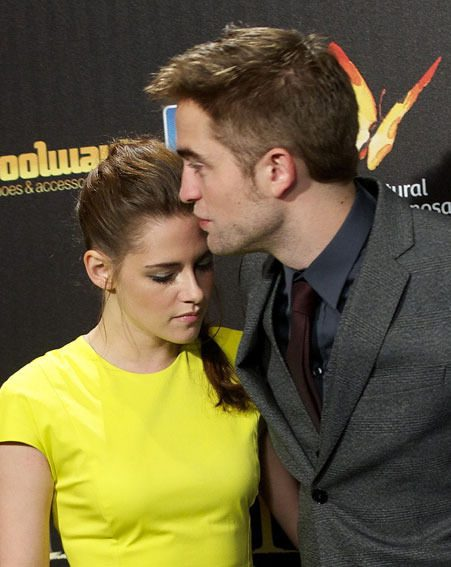 Robert Pattinson and Kristen Stewart reunited for the Twilight Saga: Breaking Dawn Part 2 premiere