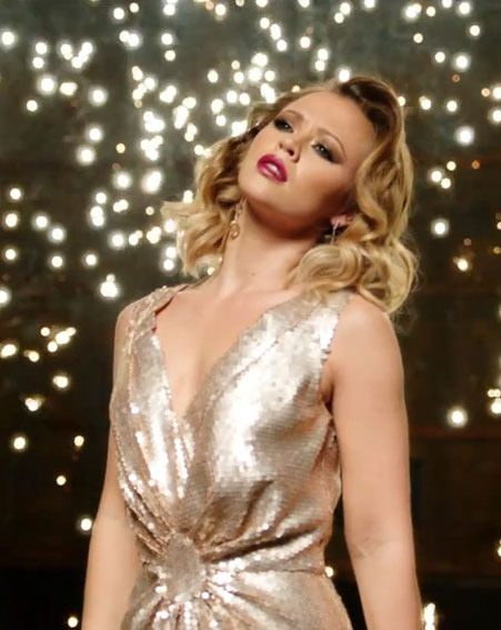 Kimberley Walsh has released her debut music video for new single One Day I'll Fly Away