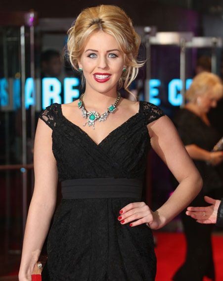 Lydia Bright looked gorgeous in her LBD at the premiere last night