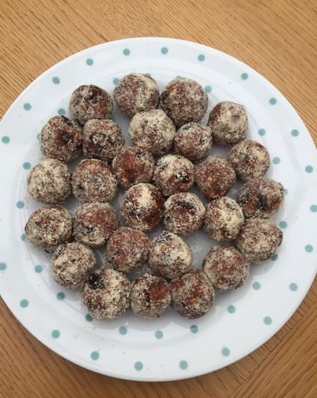 These chewy chocolate protein balls can be addictive!